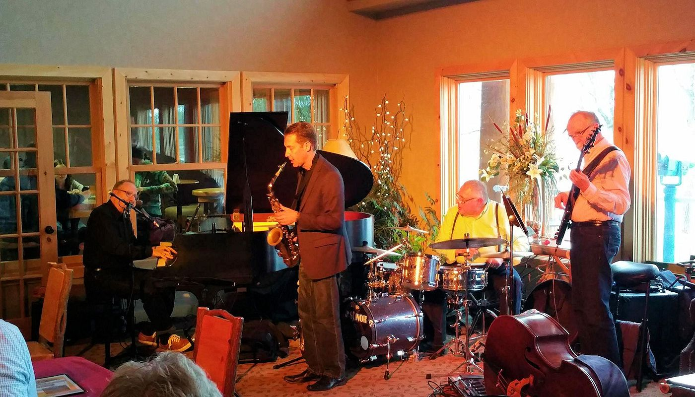 Live at The Lodge - Live Musical Entertainment at Superior Inn Grand Marais