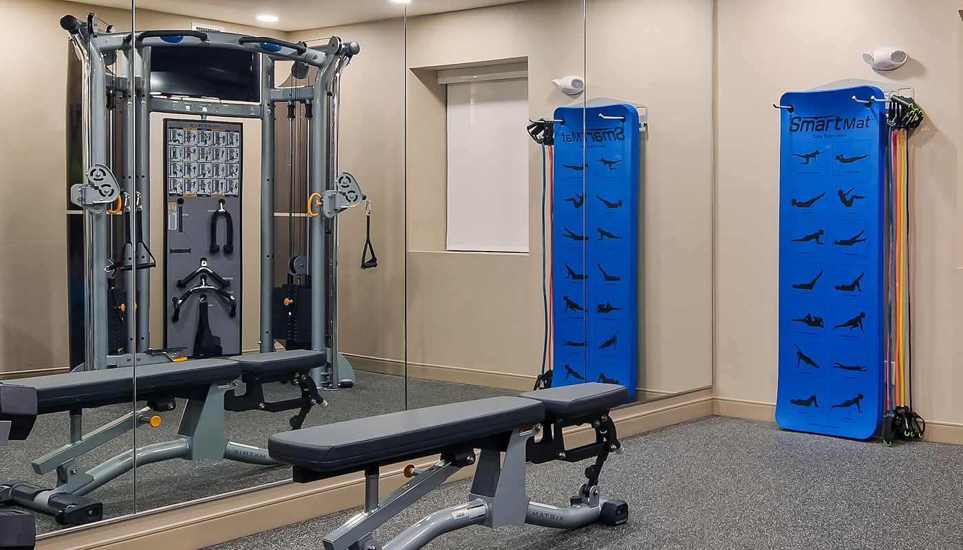 Hotel Fitness Center - Superior Inn Grand Marais